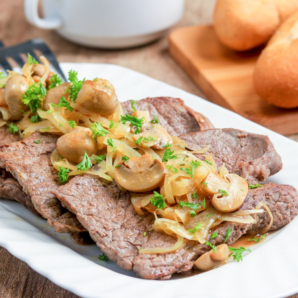 Easy Beef Cube Steak With Onions And Mushrooms Recipe