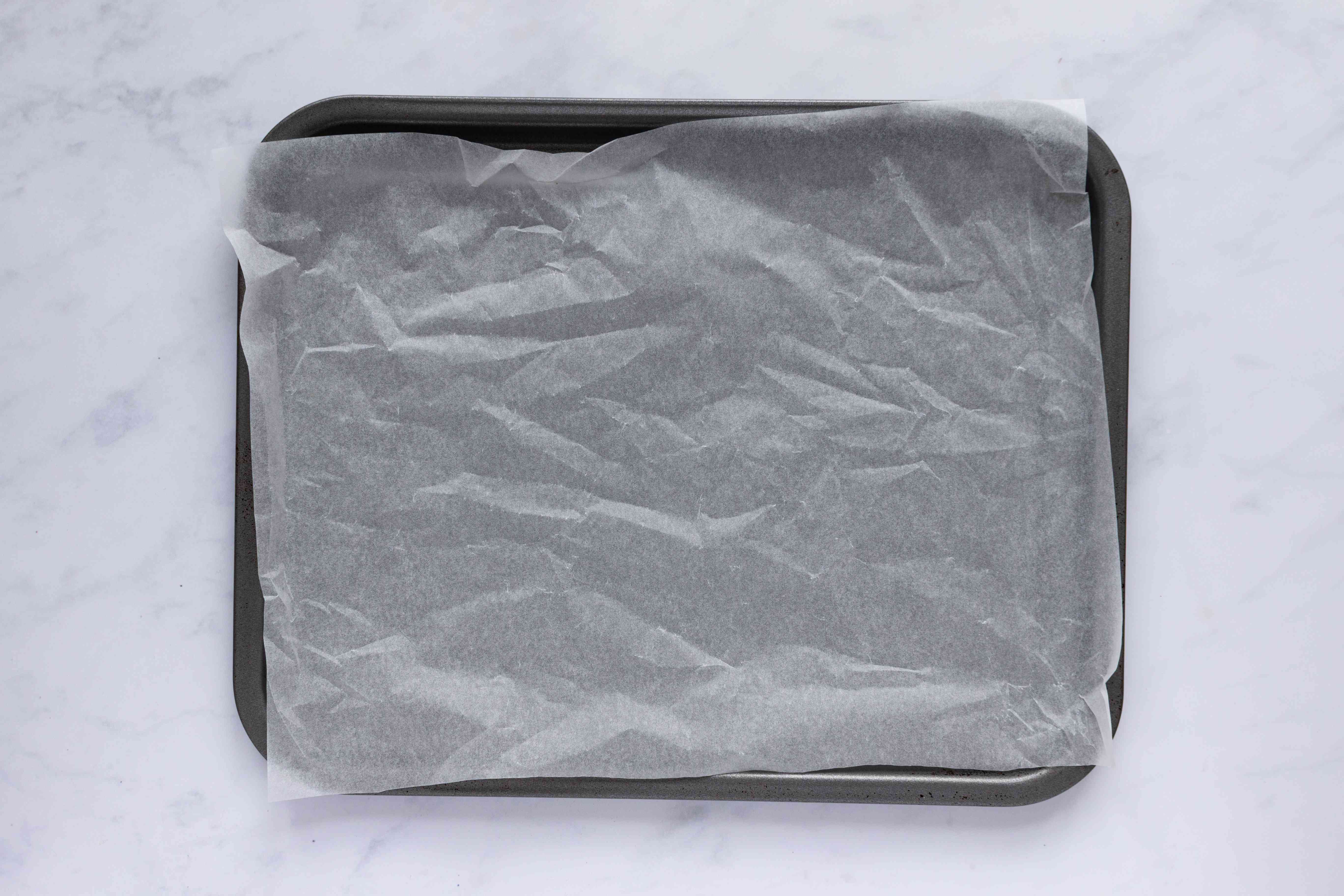 baking sheets with parchment paper