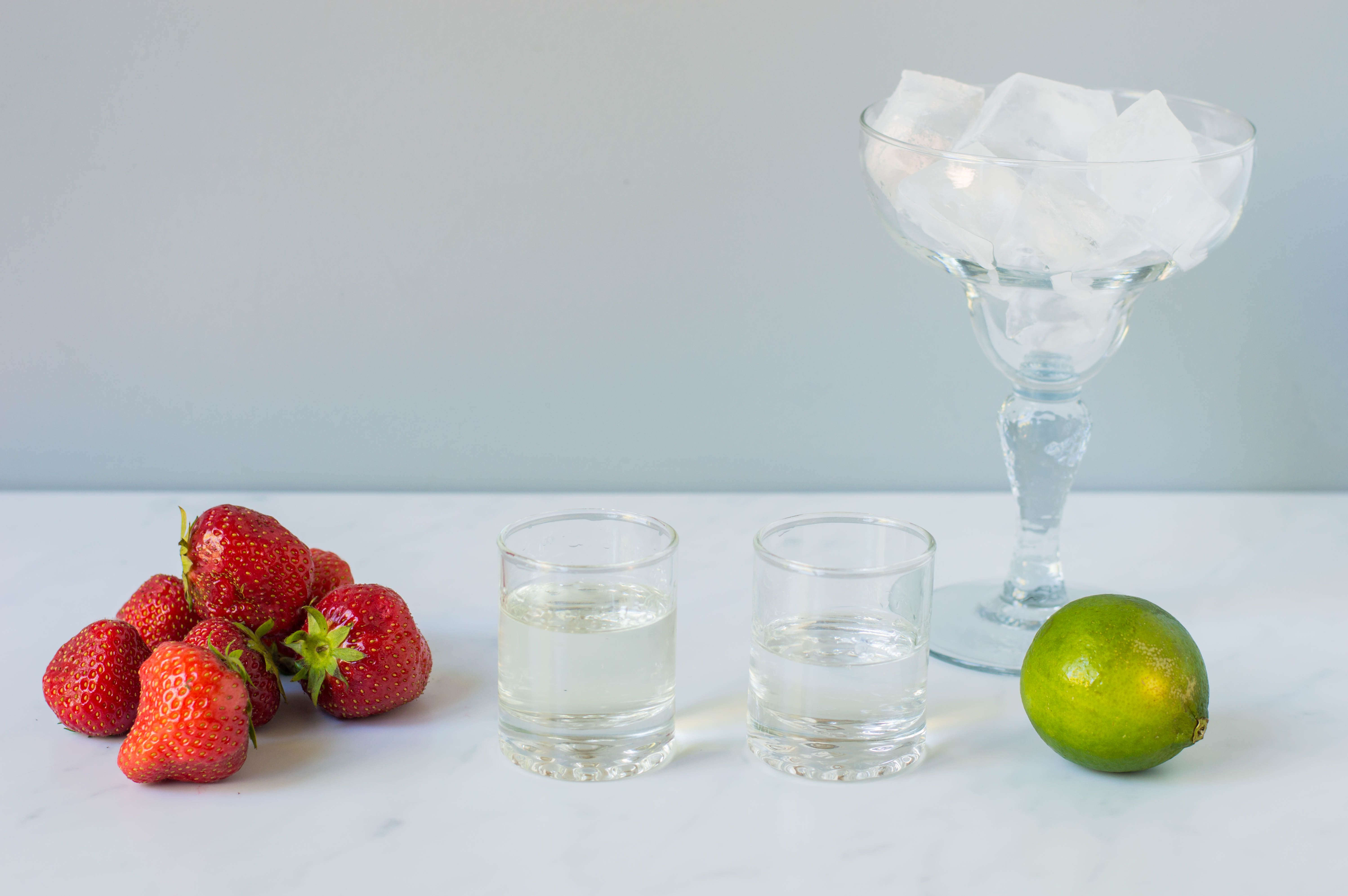 Frozen strawberry margarita ingredients