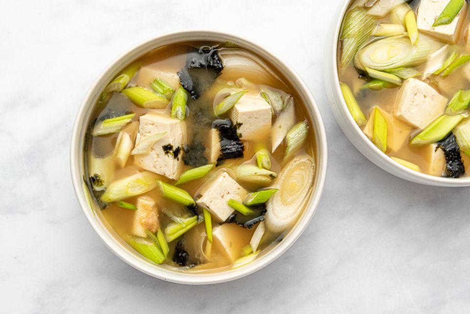 Basic Vegetarian Miso Soup