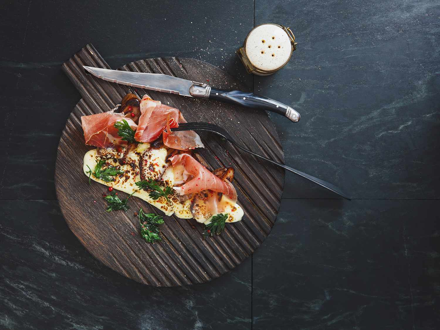 Prosciutto with porcini, cheese and parsley
