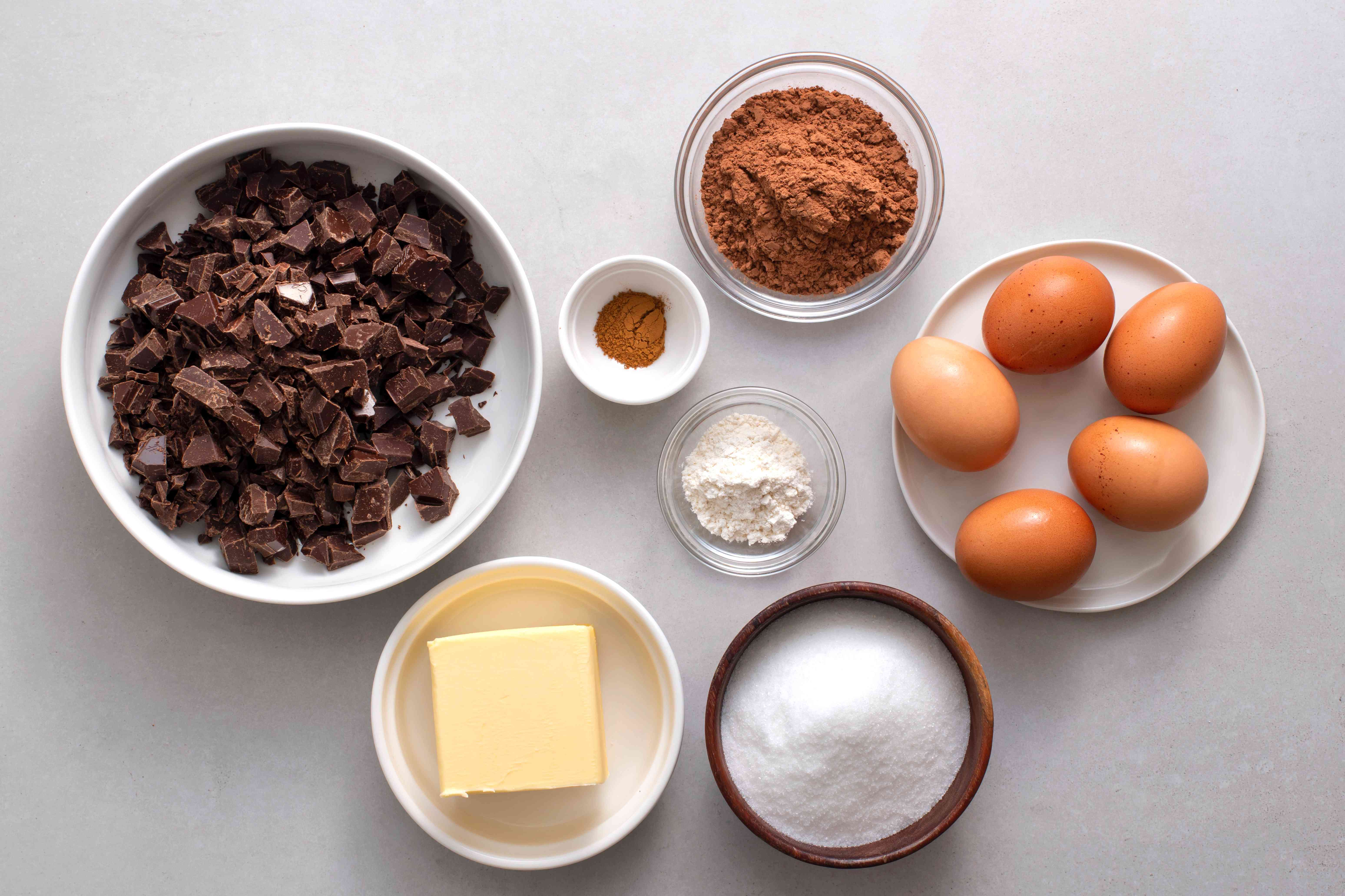 Rich French Chocolate Gateau Recipe ingredients