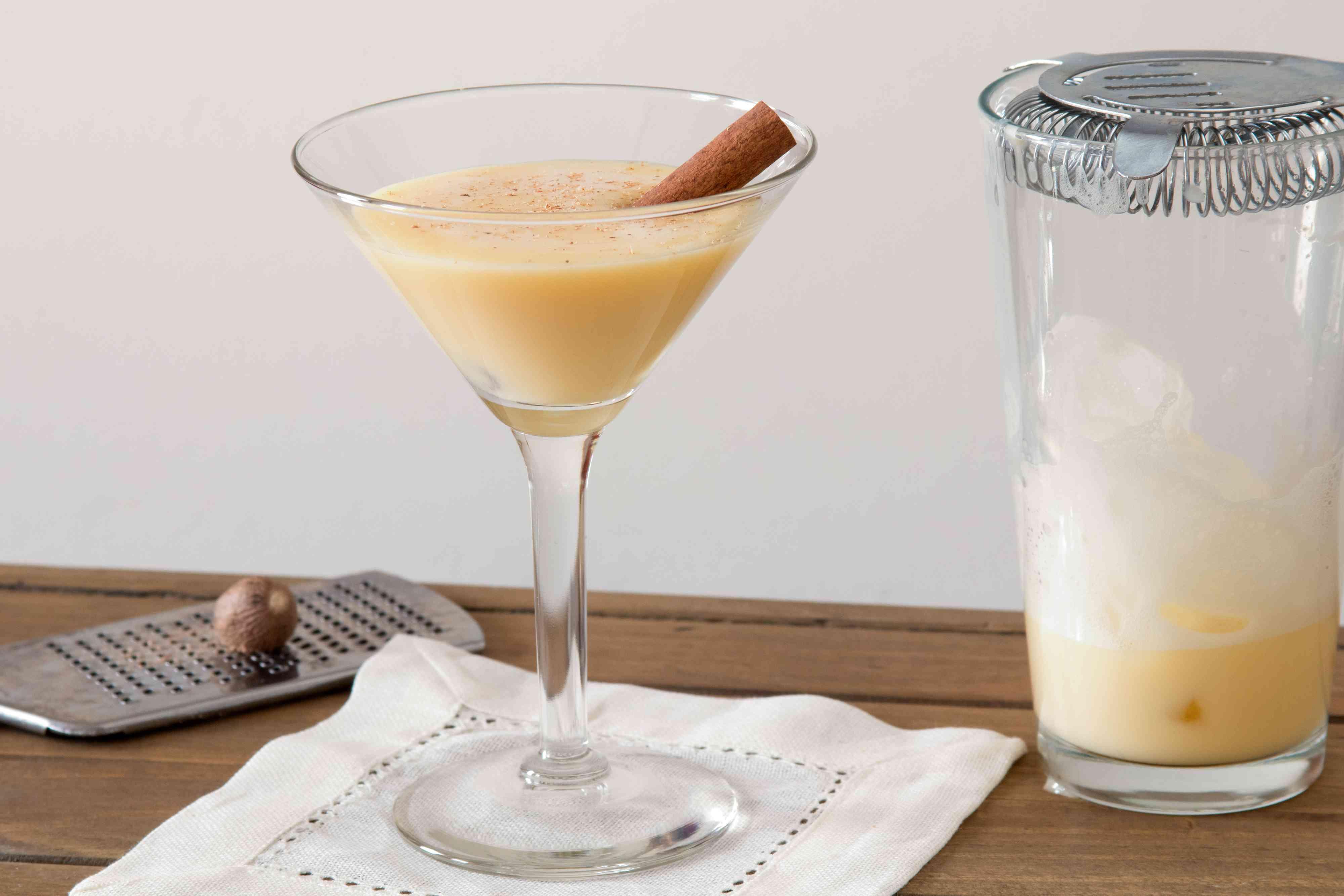 Garnish an Eggnog Martini