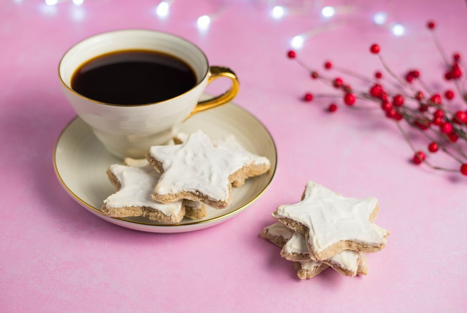 Galletas navideñas alemanas Cinnamon Star (Zimtsterne)
