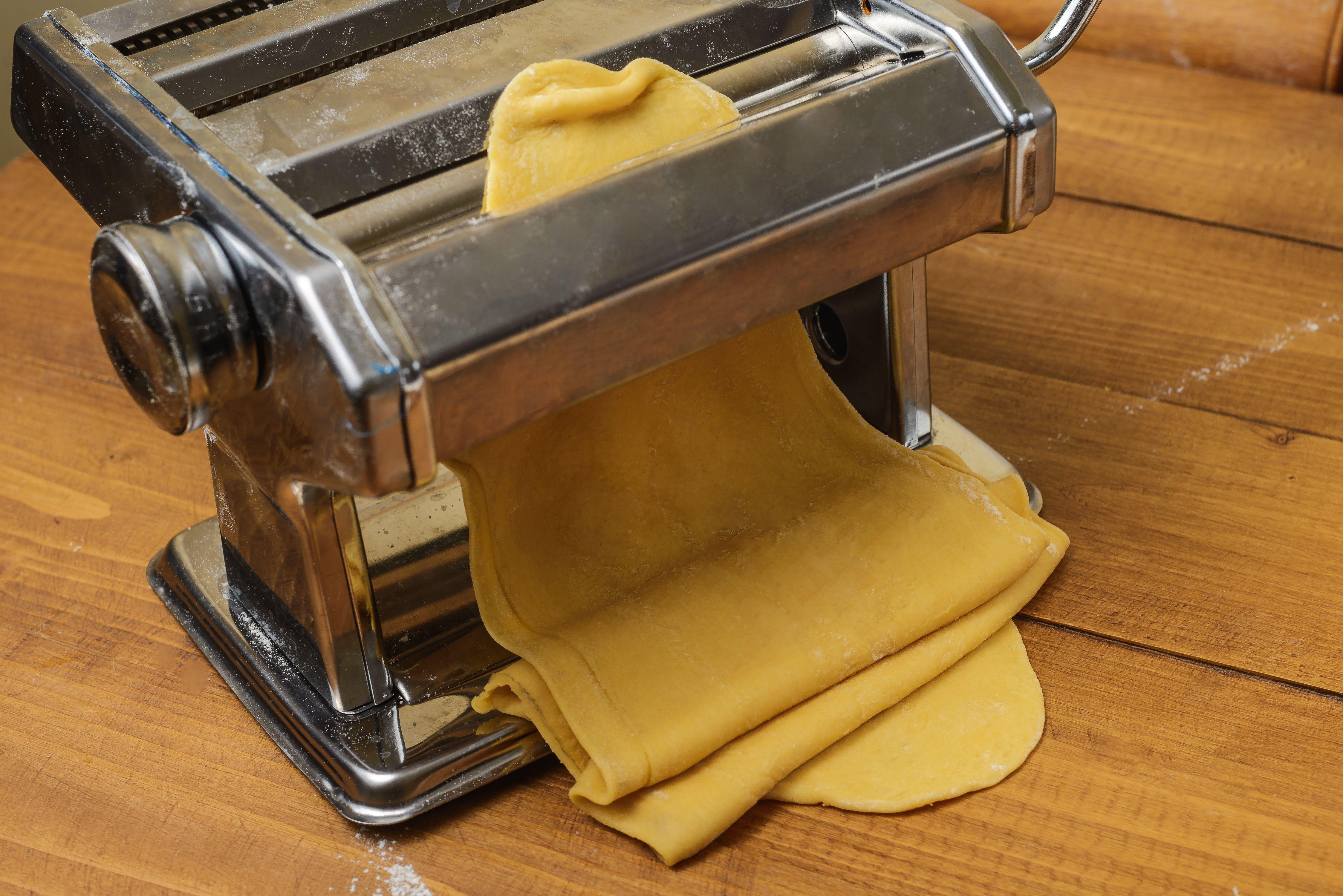 Roll dough to thin sheet