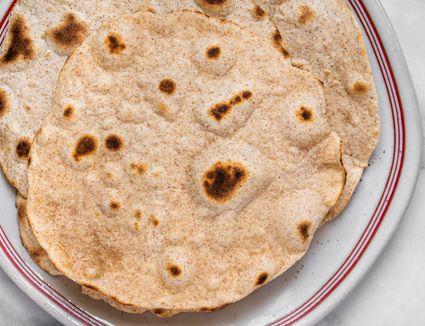 Besan Ki Roti (Bengal Gram Flour Flatbread)