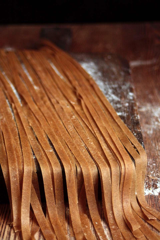 Chestnut tagliatelle