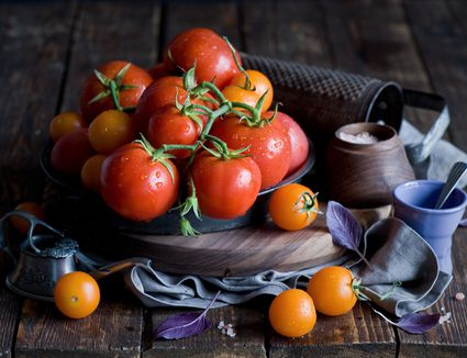 fresh tomatoes and grater