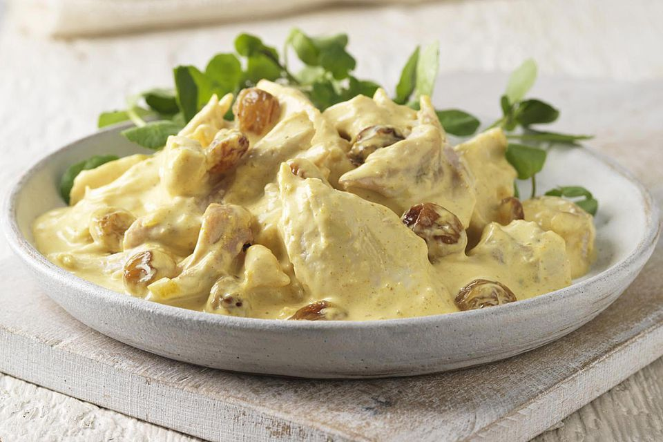 Crockpot creamy chicken and veggies