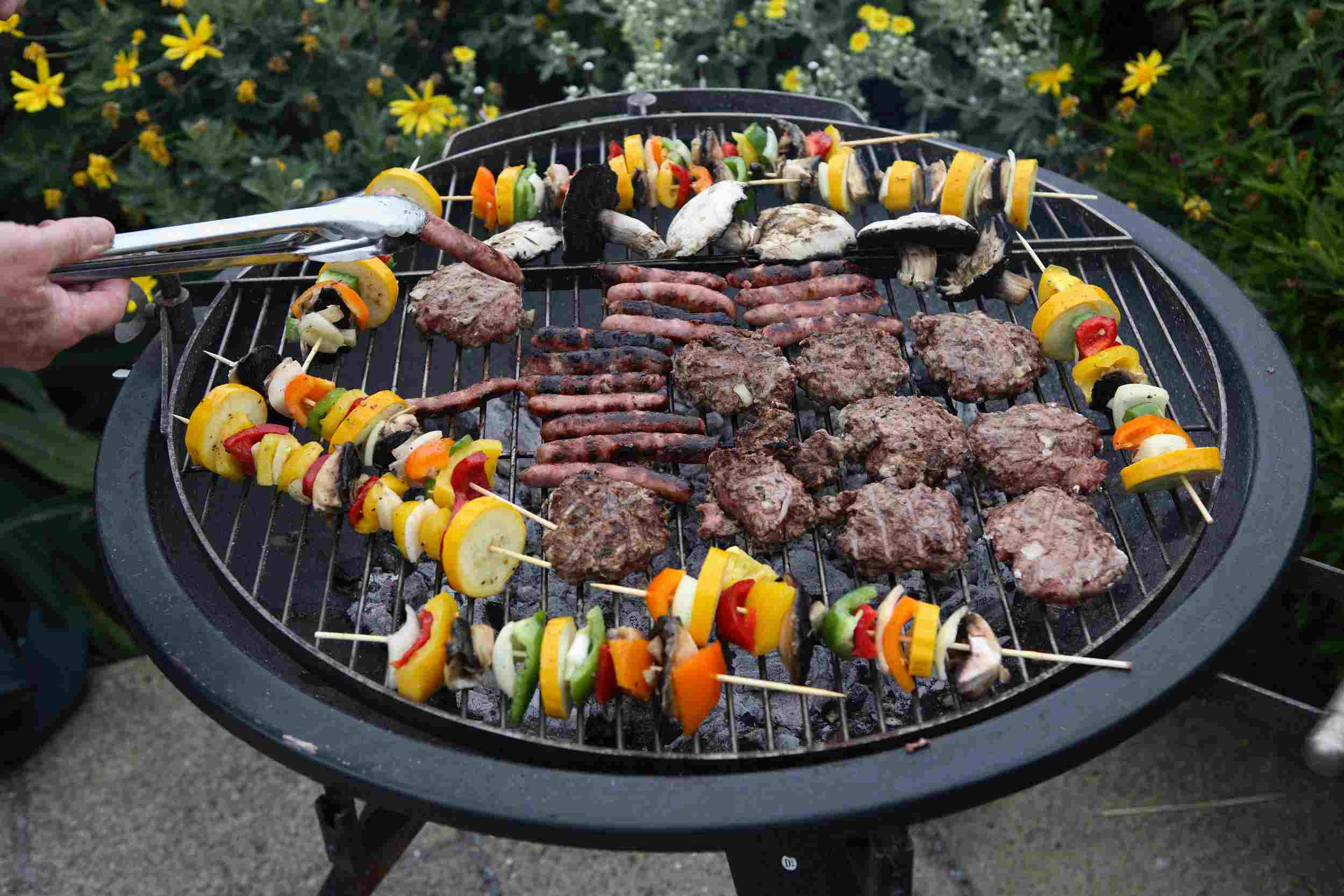 Tips to master your charcoal grill
