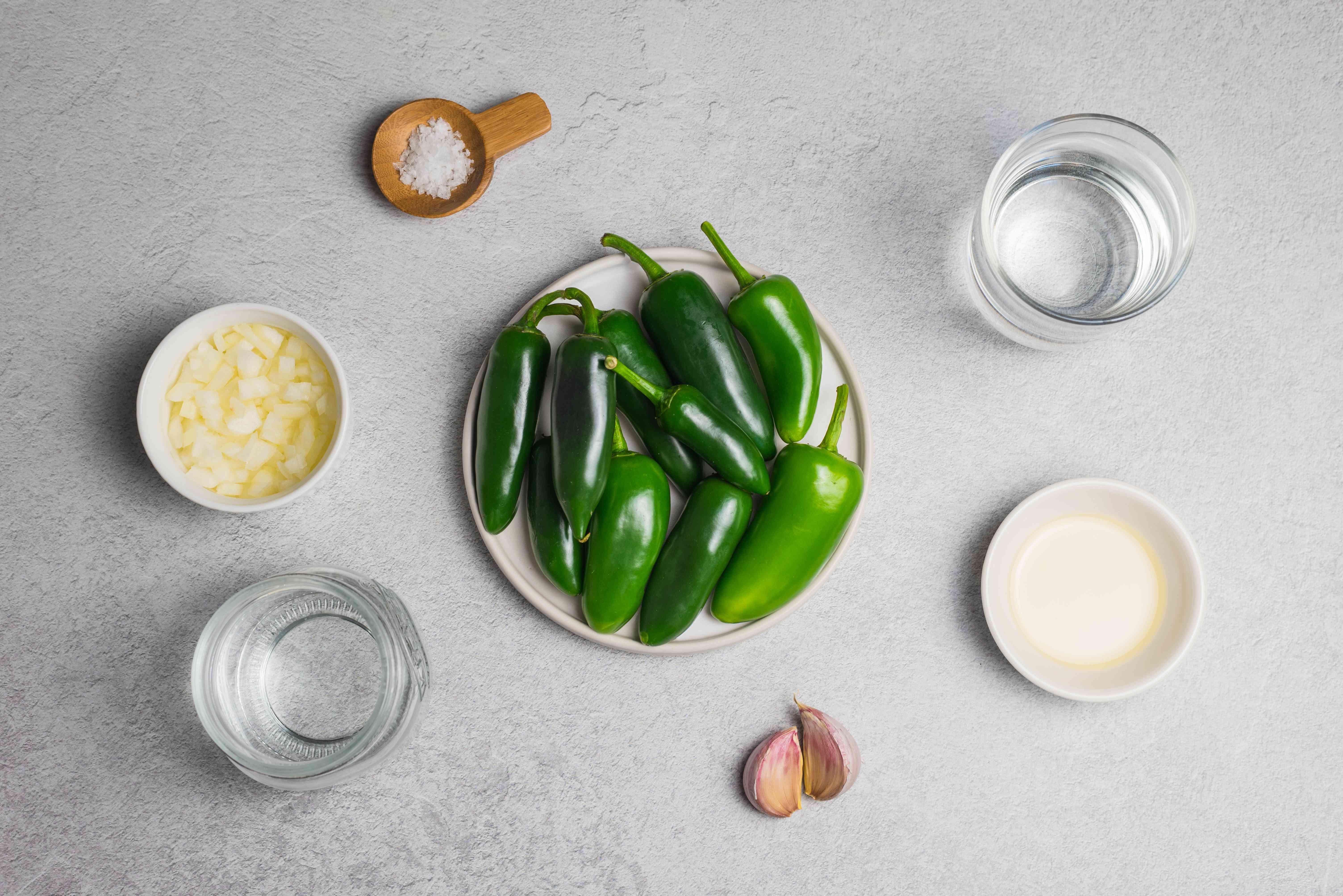 Ingredients for bottled hot sauce