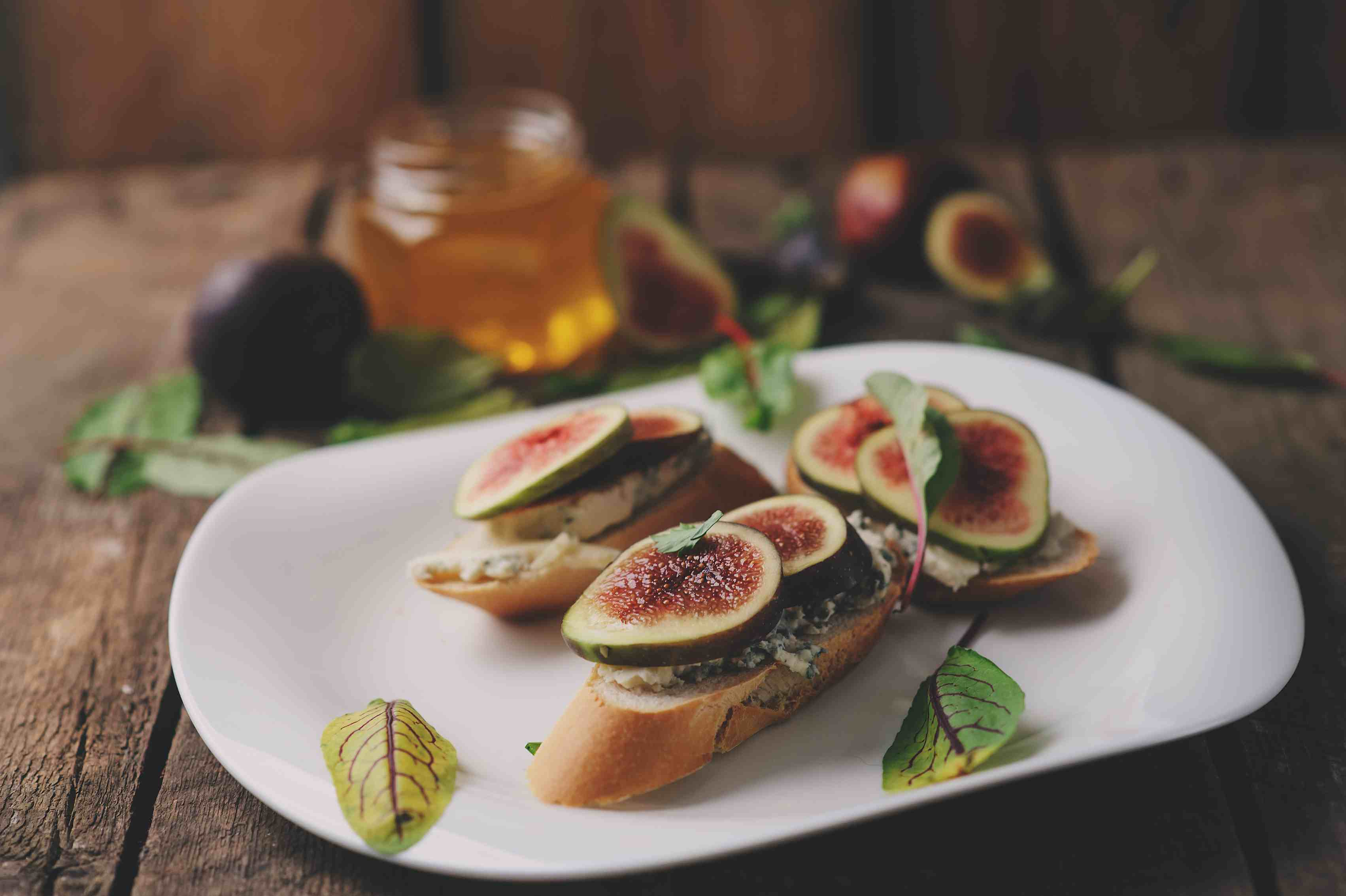 Fig Crostini Is an Impressive Appetizer