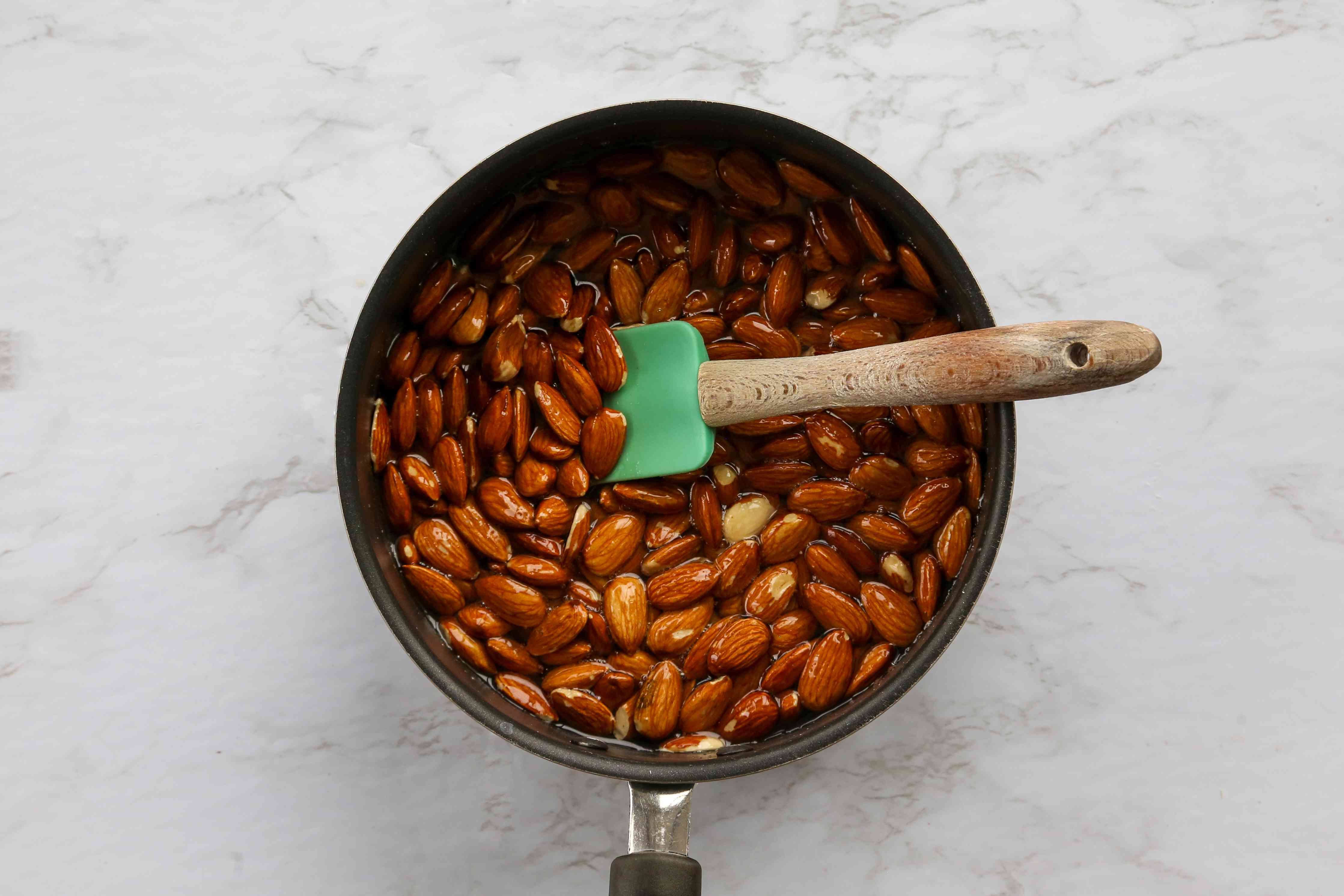 almonds in sugar syrup