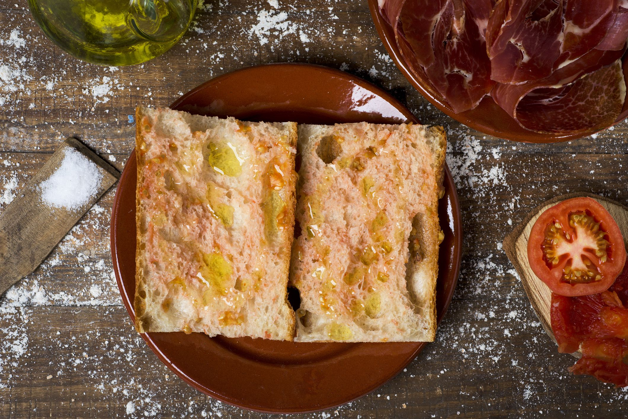 Pan con tomate and serrano ham