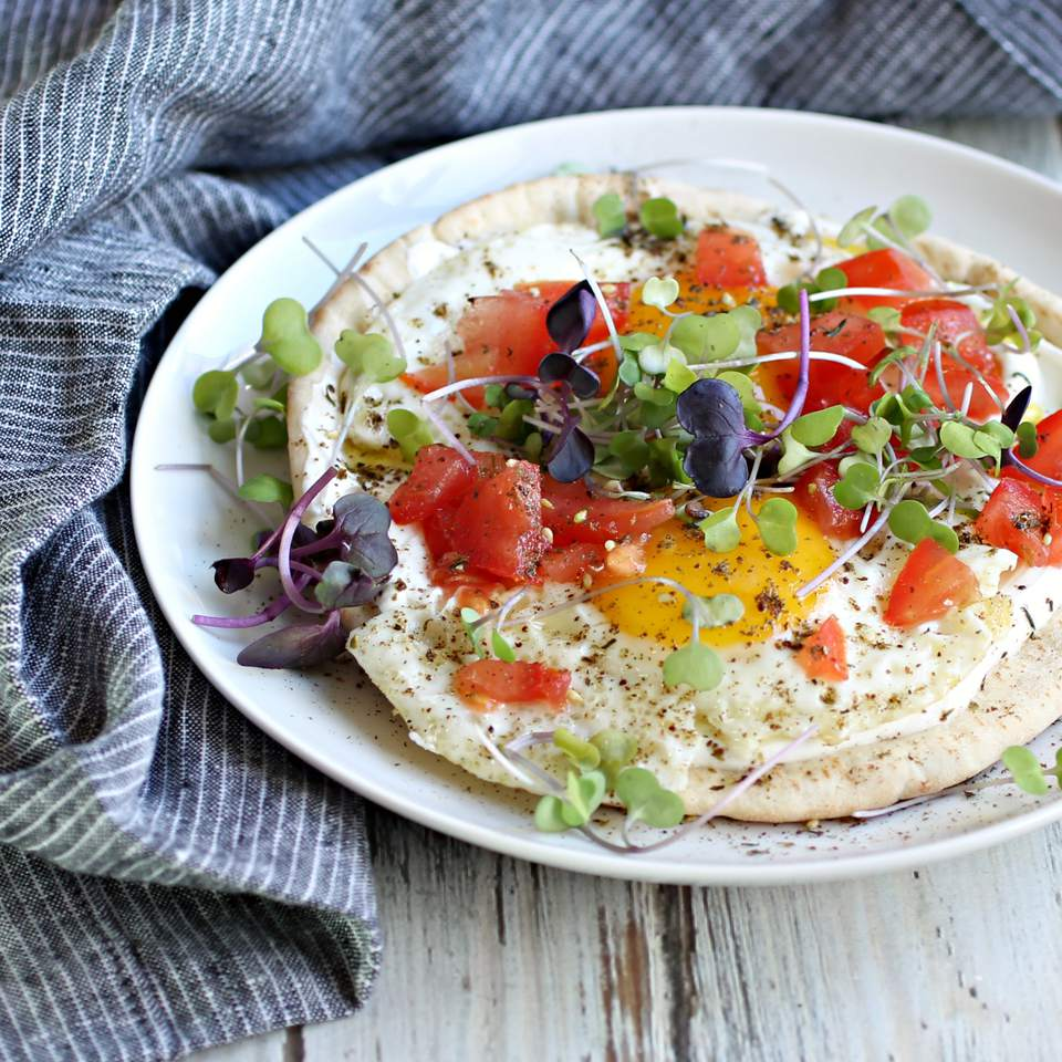 Breakfast Pita With Yogurt, Eggs and Tomatoes