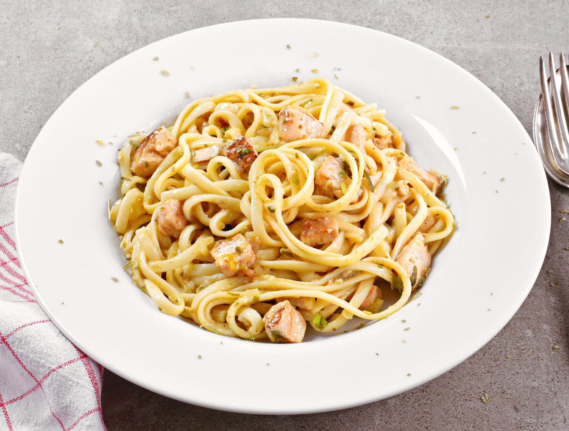 Verwonderlijk Salmon Spaghetti Carbonara Recipe QE-99