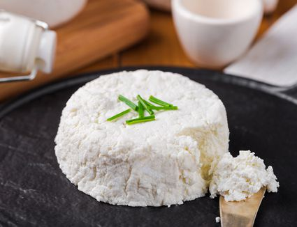 Homemade goat cheese with lemon juice