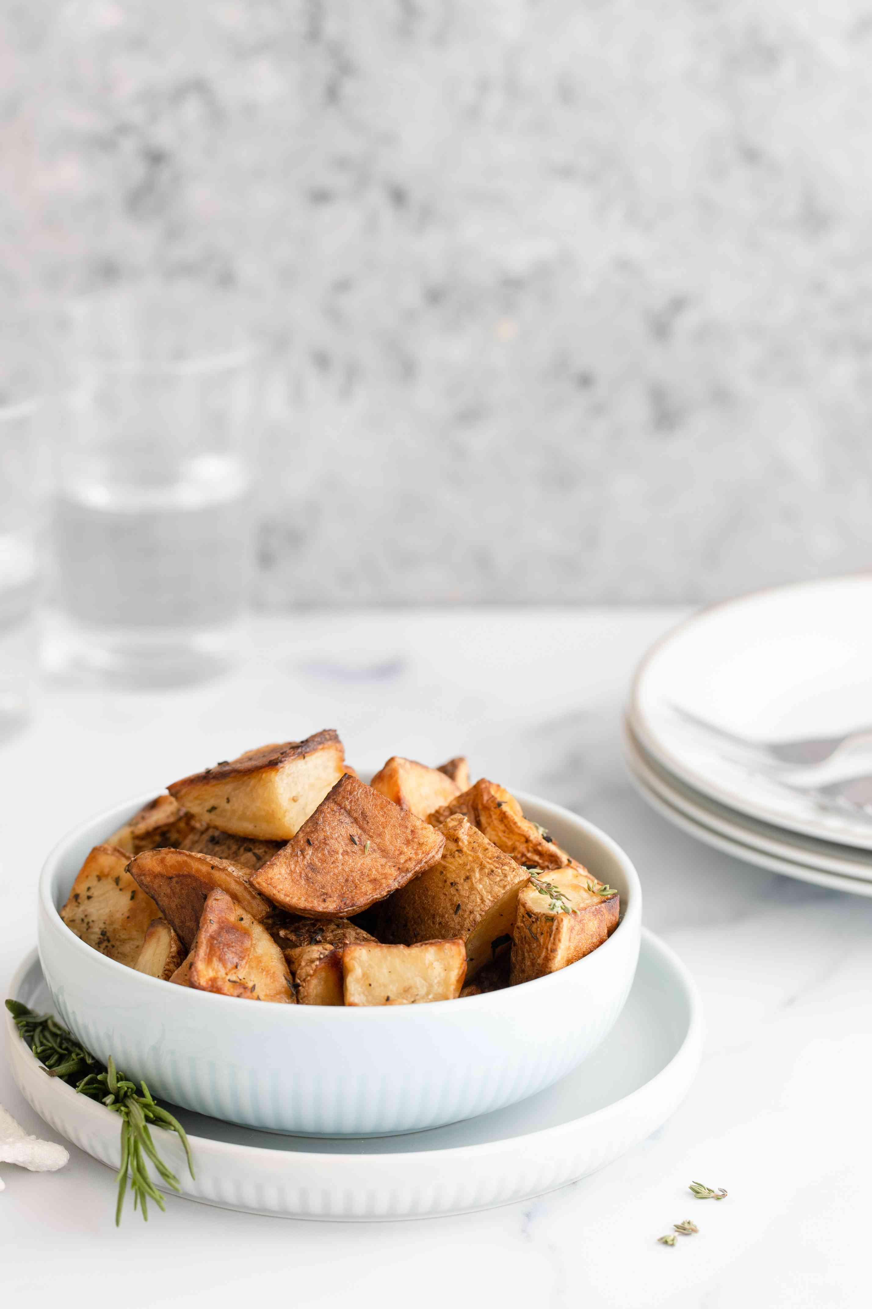 Roasted rosemary thyme potatoes