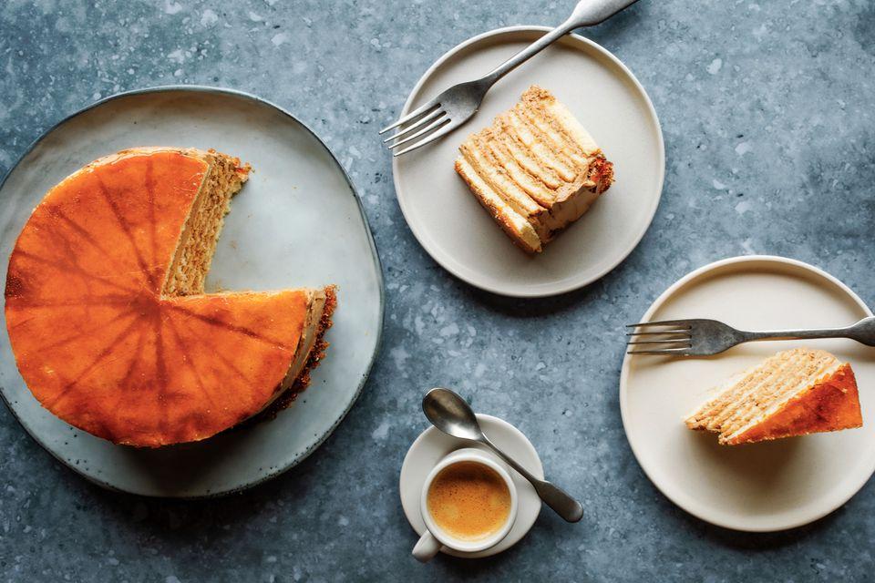 Húngaro Dobosh Torte (Dobos Torta)
