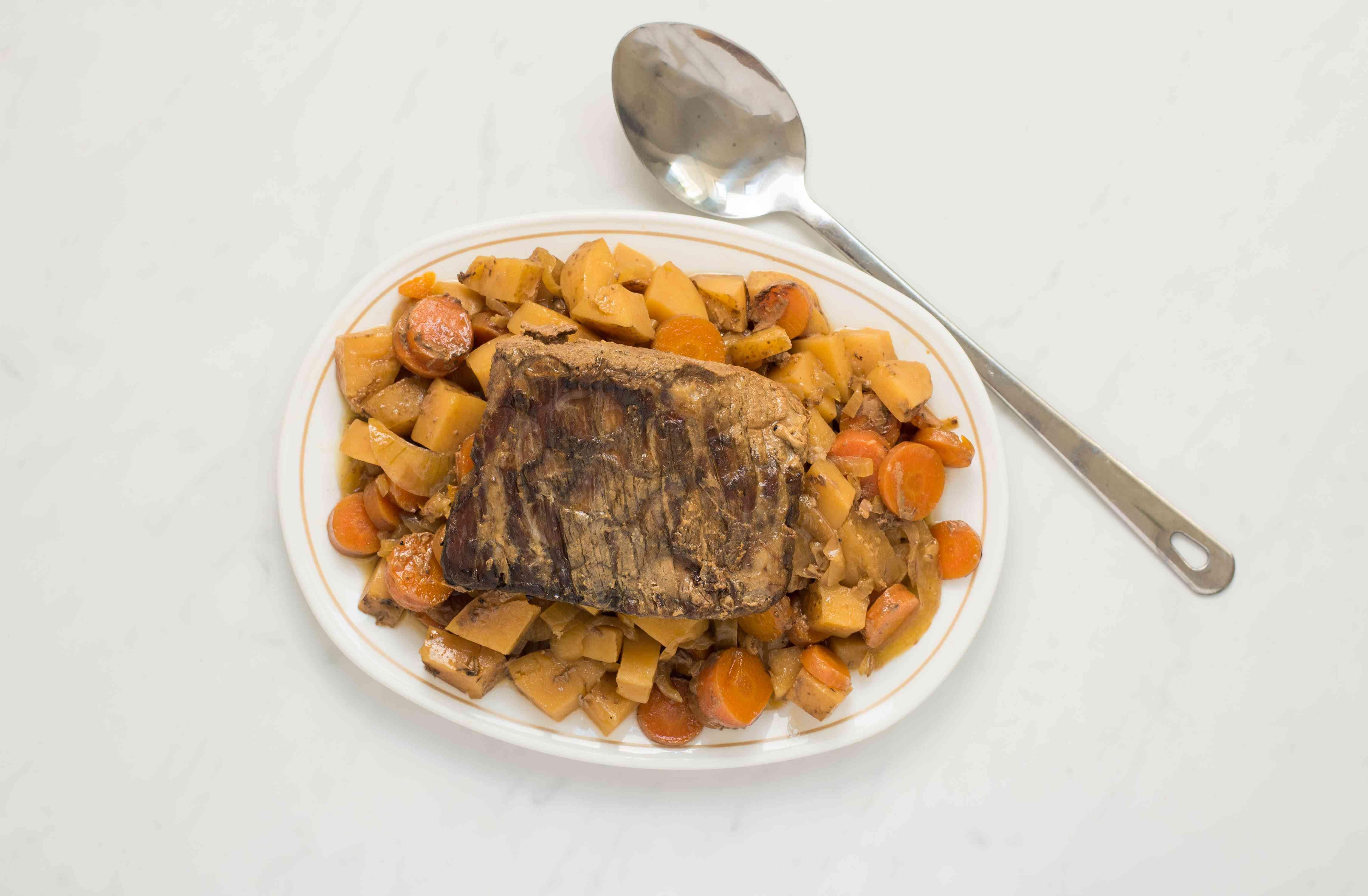 Remove roast from crock pot