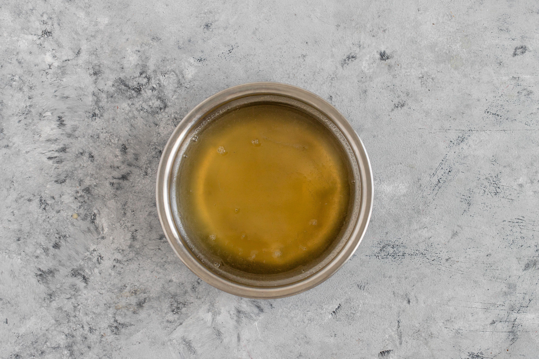 Warm lemon syrup