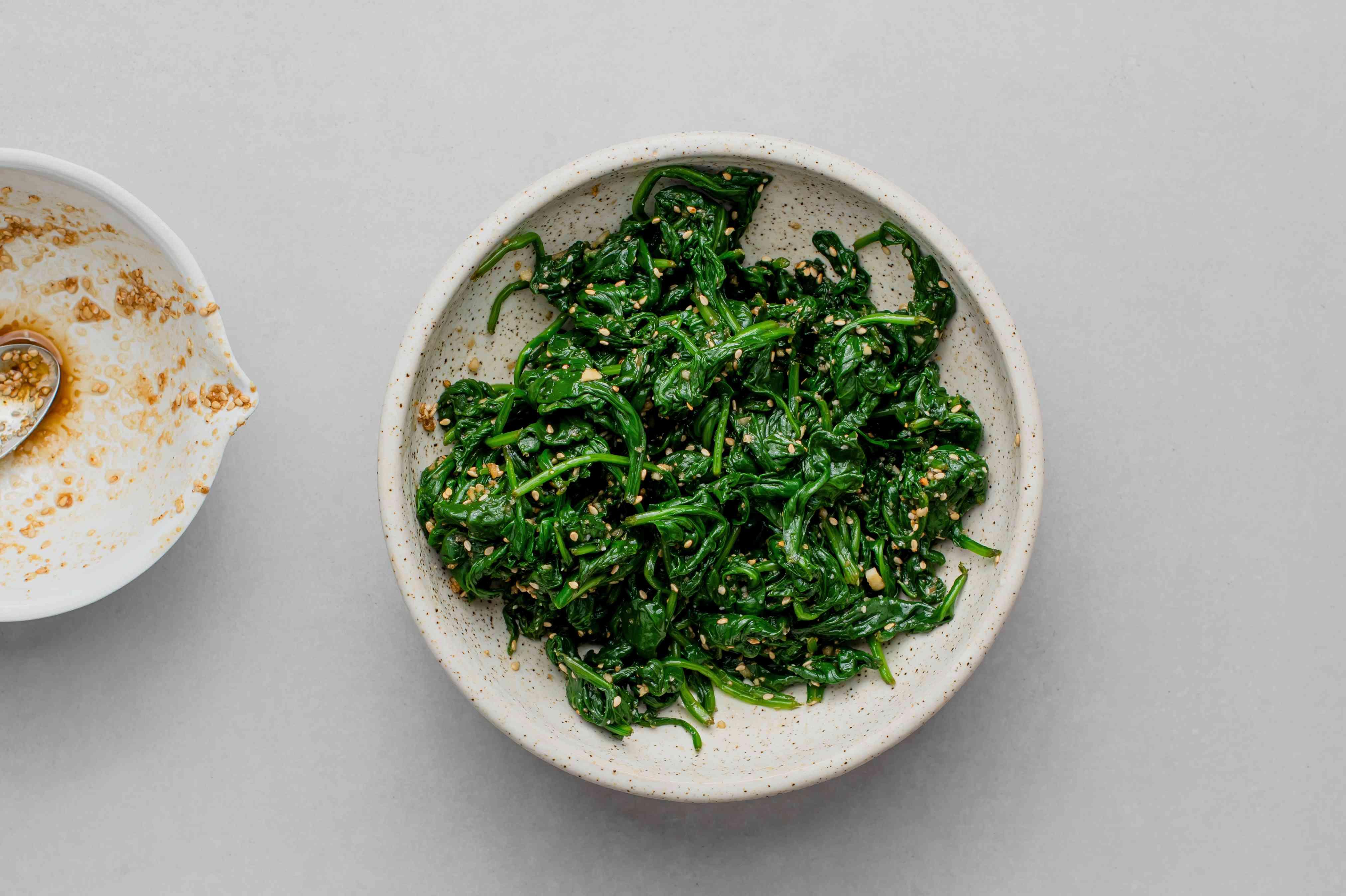 Sigumchi Namul (Korean Seasoned Spinach)