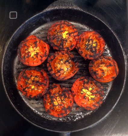 Grilled tomatoes in a griddle pan