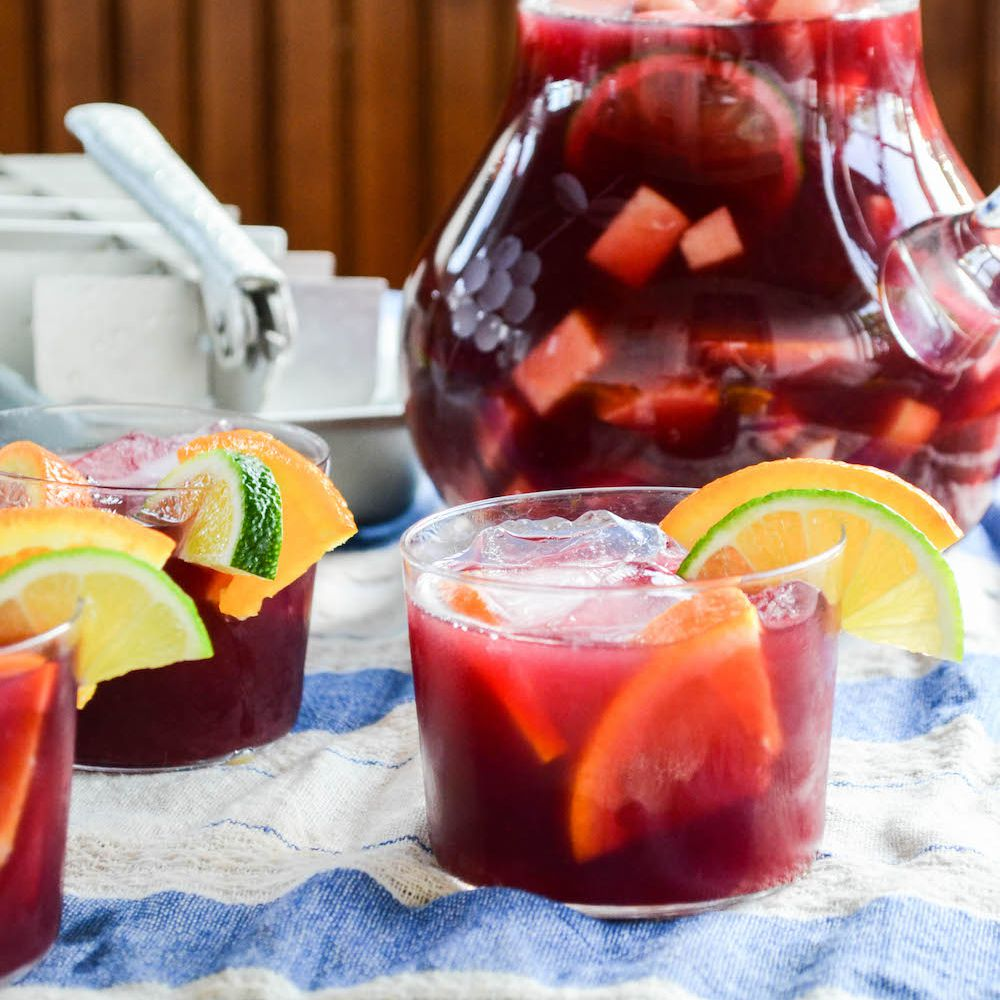 The Best Cold, Non-Alcoholic Drinks For The Summer
