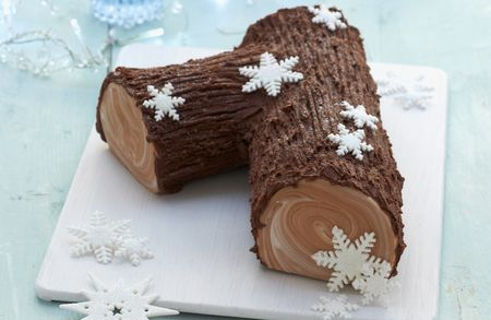Easy Traditional French Buche De Noel Recipe