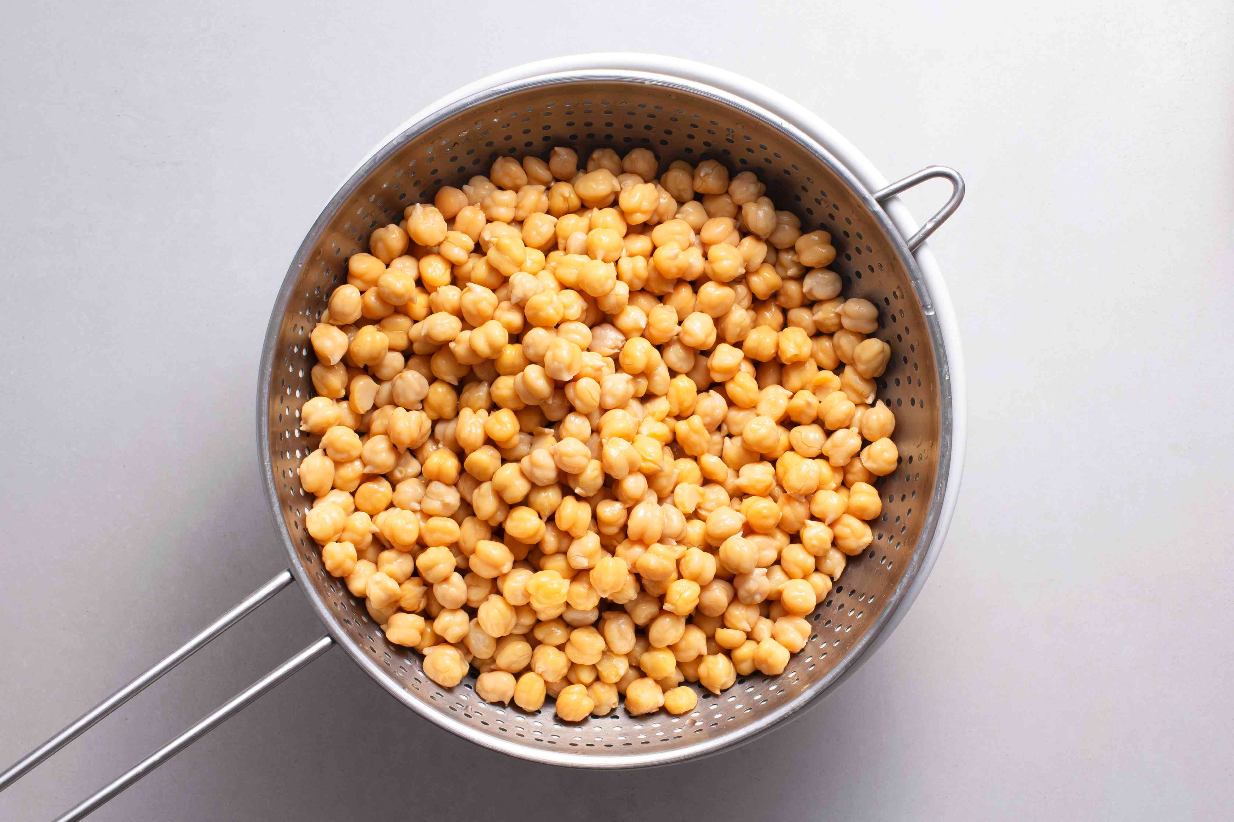 Drain and rinse the chickpeas