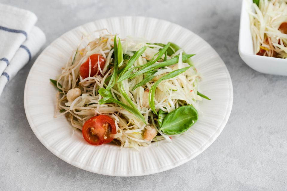 Som Tam - Thai Green Papaya Salad Recipe