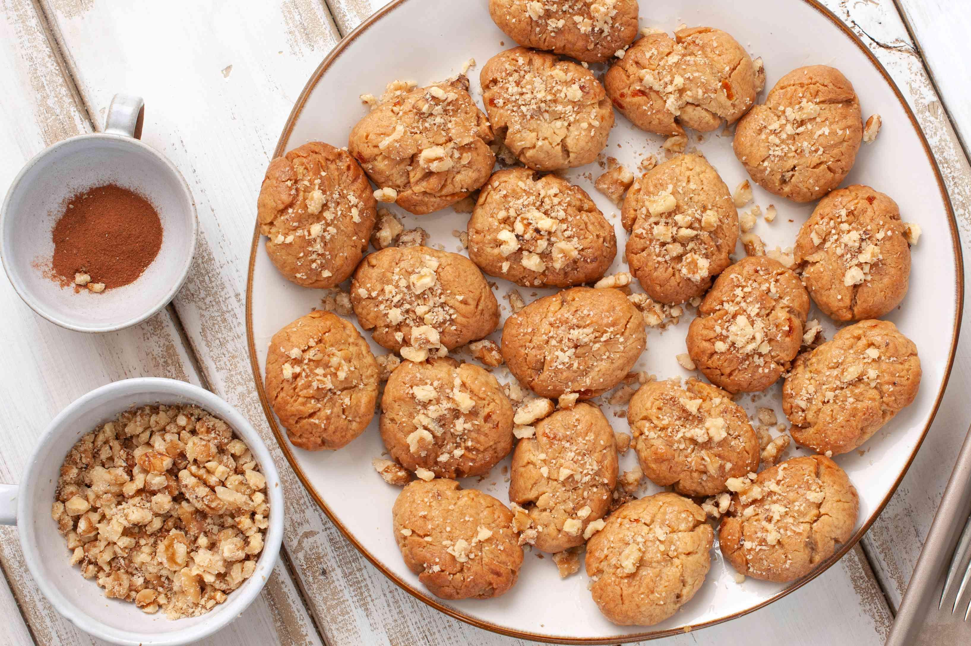 Melomakarona Greek honey cookies with walnuts recipe