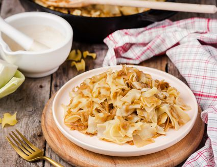 Hungarian cabbage noodles