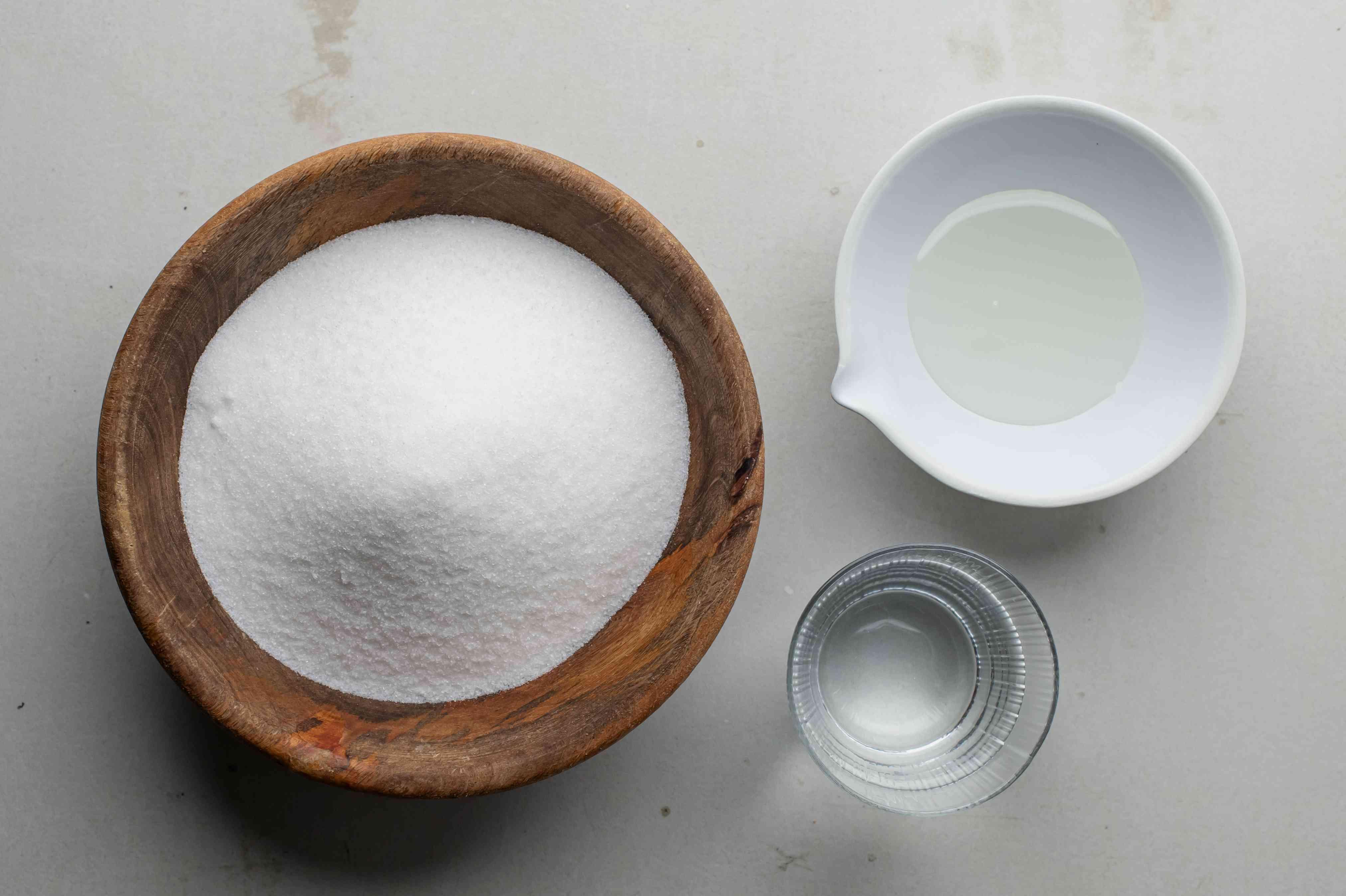 Ingredients for basic fondant