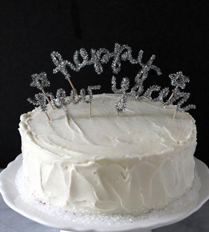 DIY Happy New Year Cake Topper