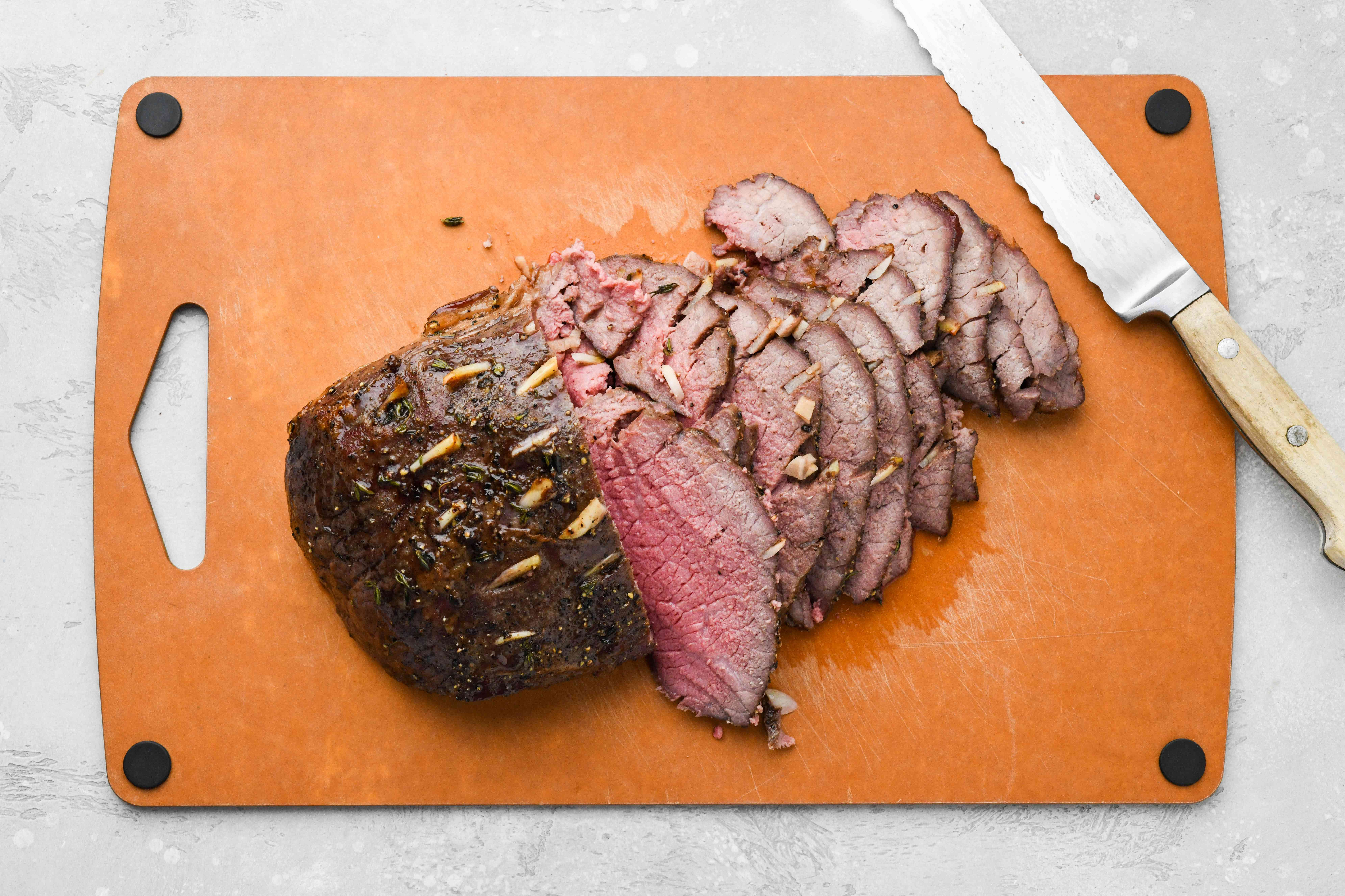Thinly slice the roast beef on a cutting board