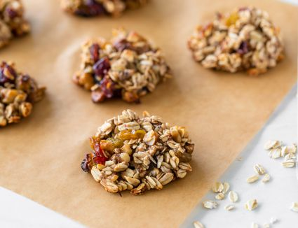 Low calorie vegan oatmeal cookies