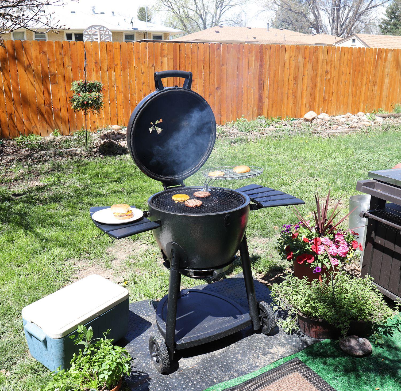 char griller akorn kamado grill review a solid yet lightweight cooker. Black Bedroom Furniture Sets. Home Design Ideas
