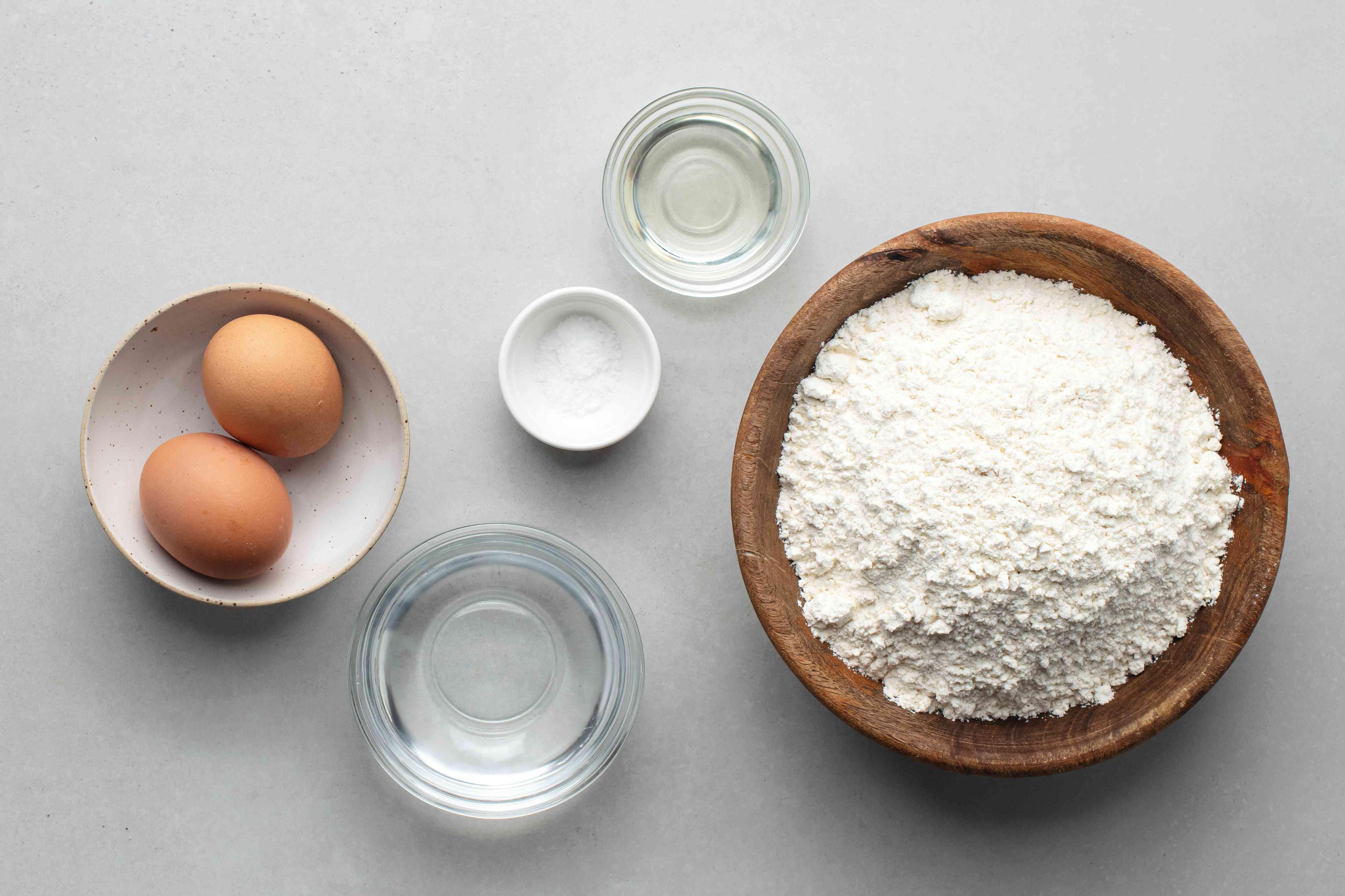 pelmeni dough ingredients