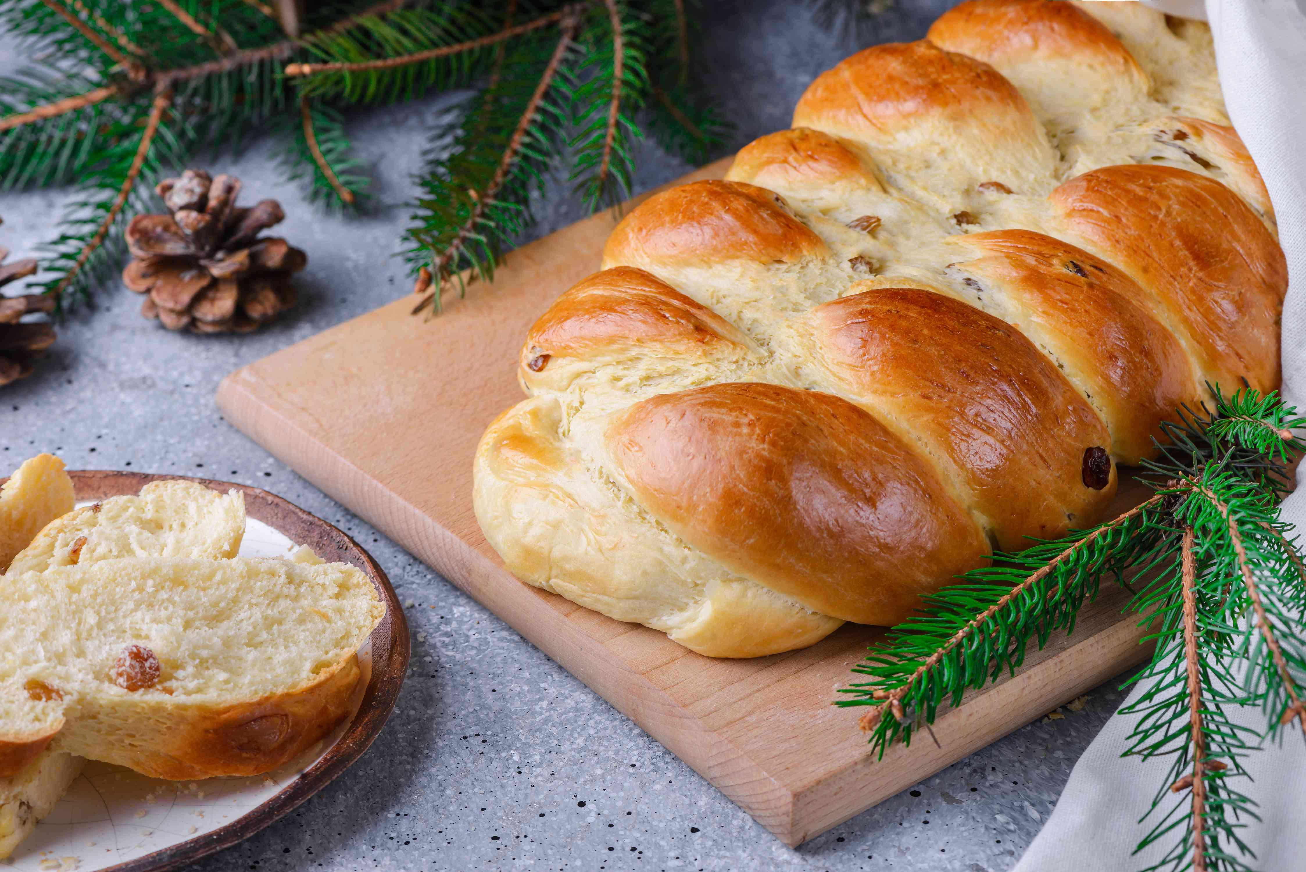Polish egg bread chalka recipe