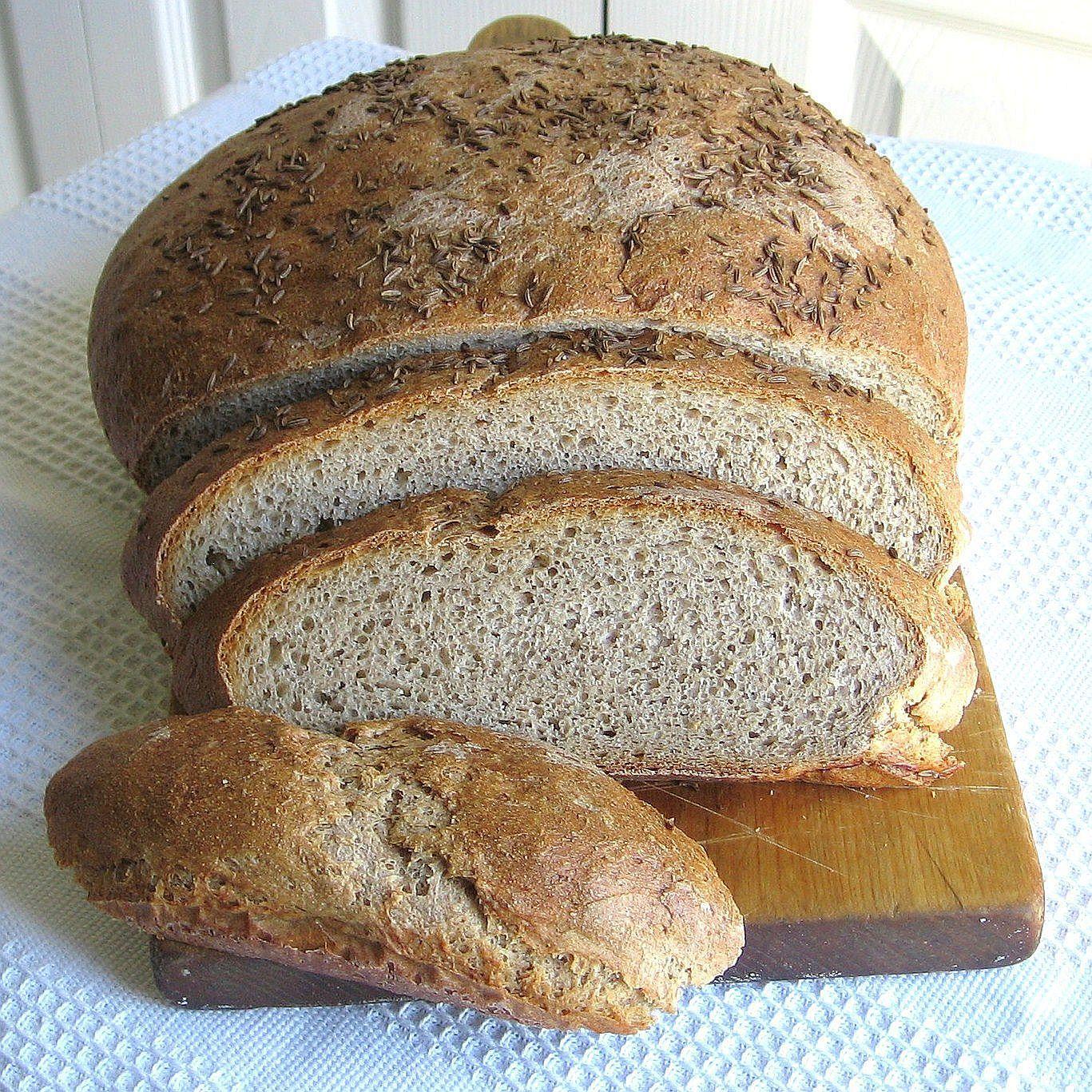 Polish Sourdough Rye Bread Recipe (Chleb Na Zakwas Zytni