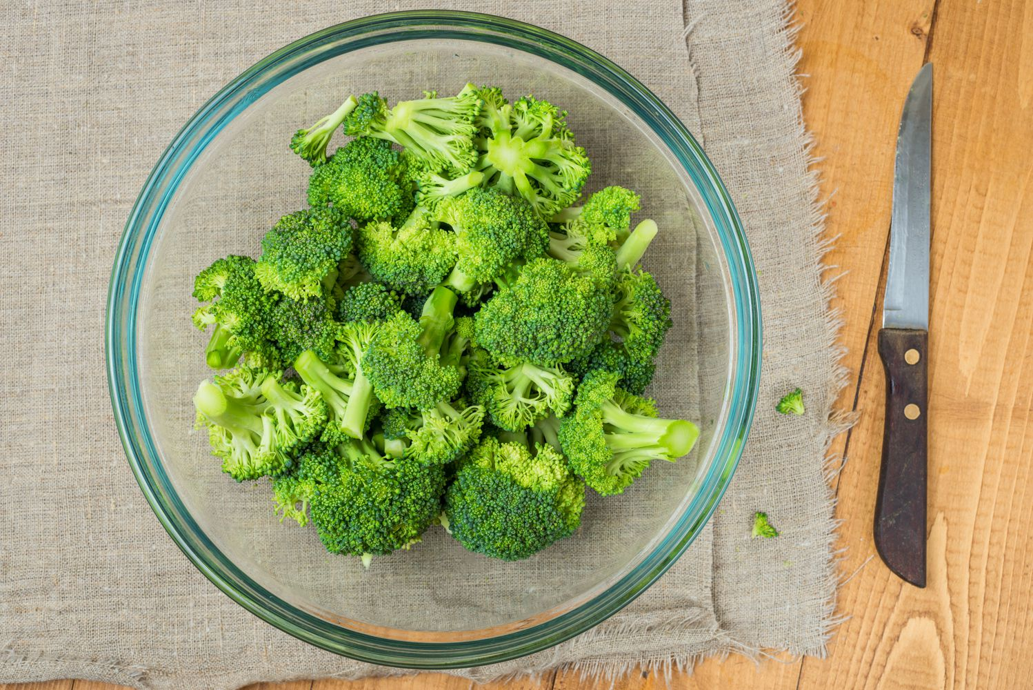 Extend the Life of Your Broccoli by Freezing It One of Two Ways
