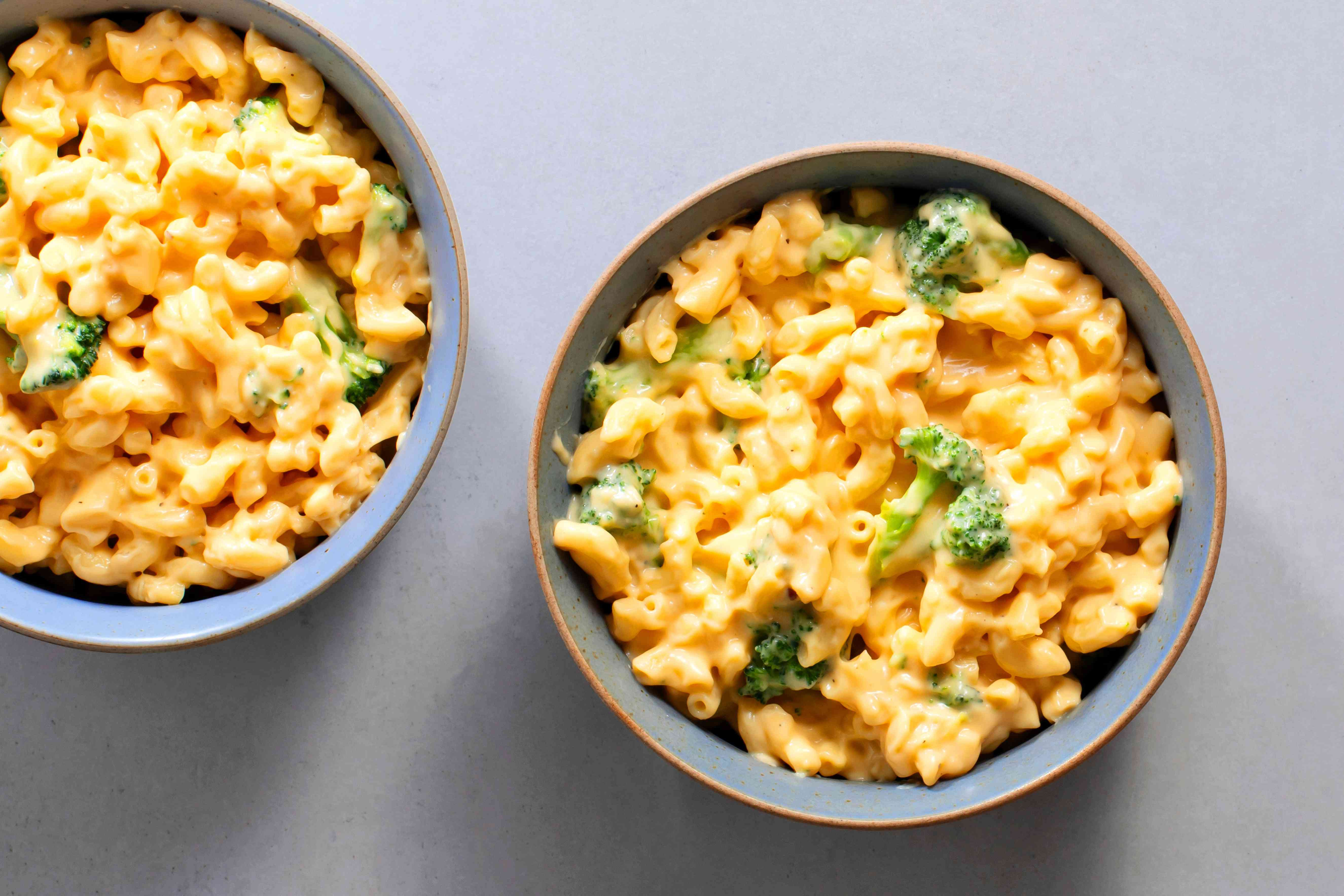 Easy One-Pan Broccoli Macaroni and Cheese