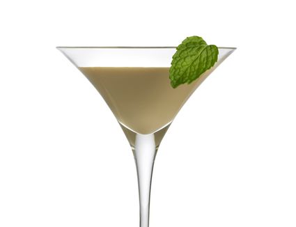 Irish cream liqueur with mint leaf