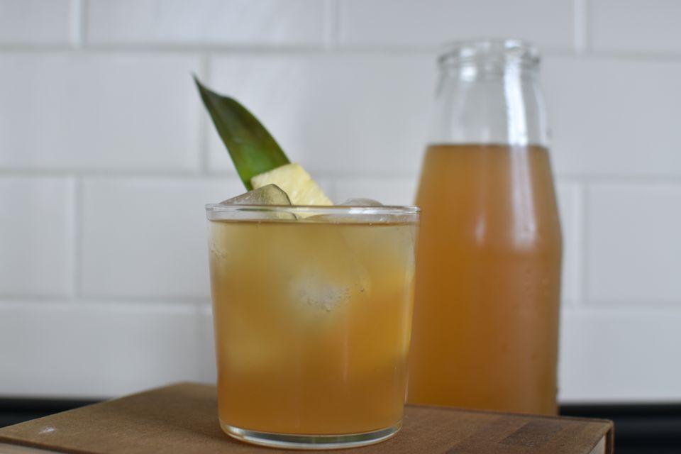Pineapple Skin Tea